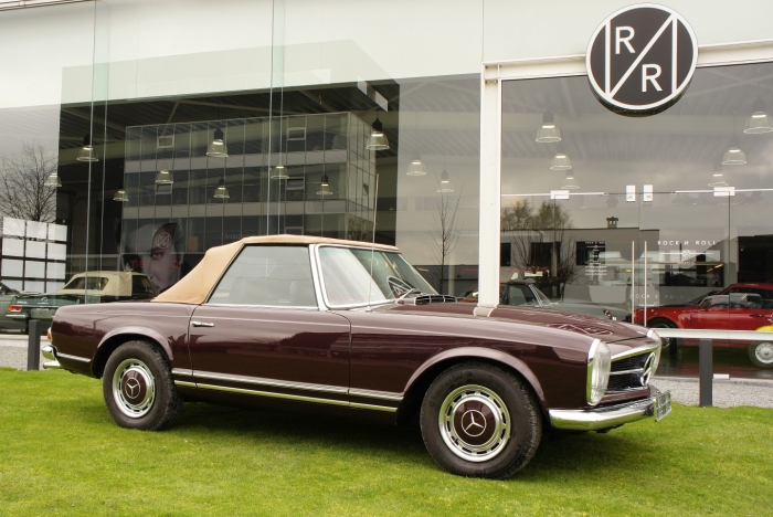 SOLD '70 Mercedes-Benz 280 SL Pagode