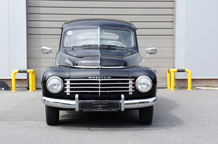 SOLD '53 Volvo PV444 D – very well restored example – original Swedish car